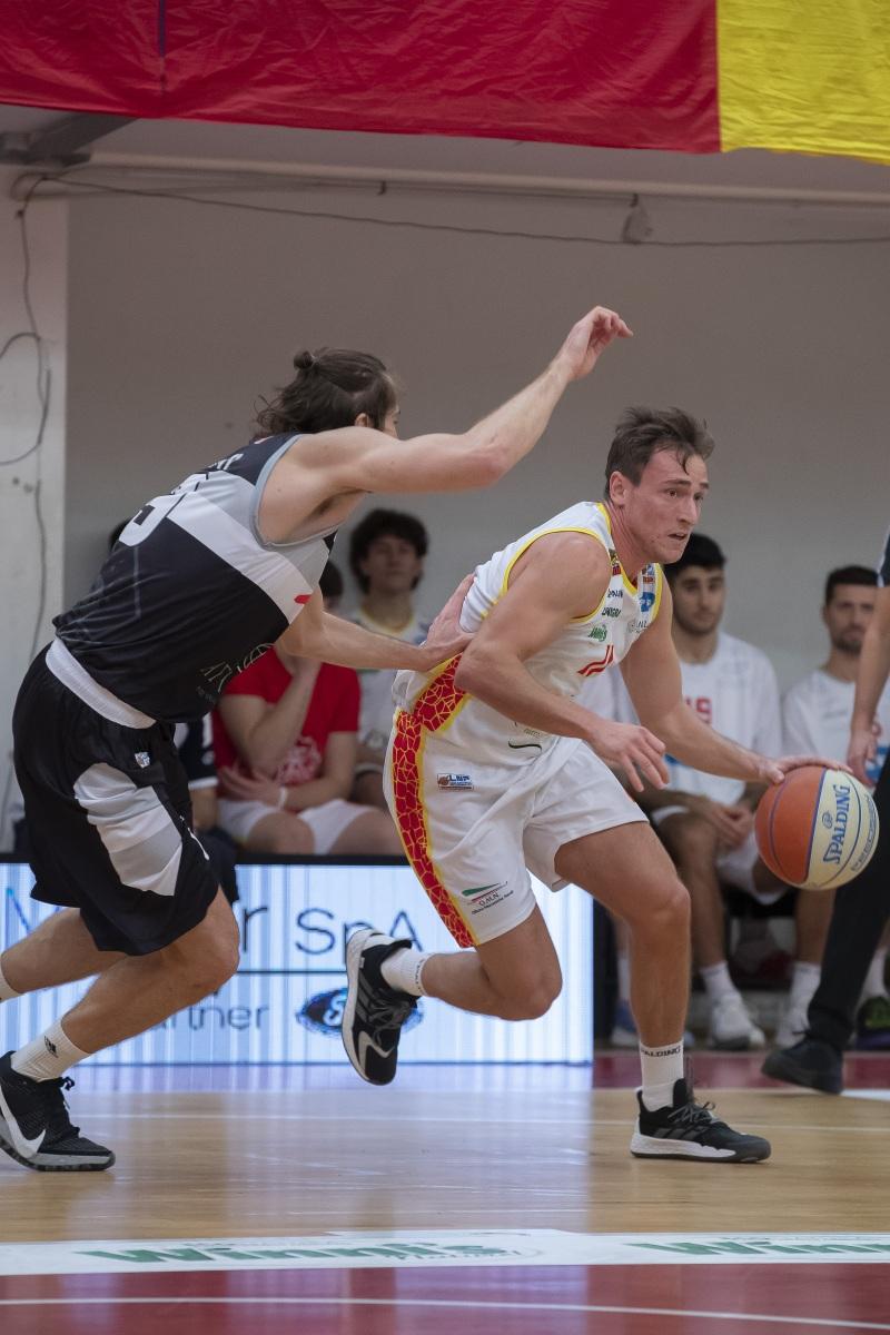 OraSi Ravenna - Atlante Eurobasket Roma 69 - 75.