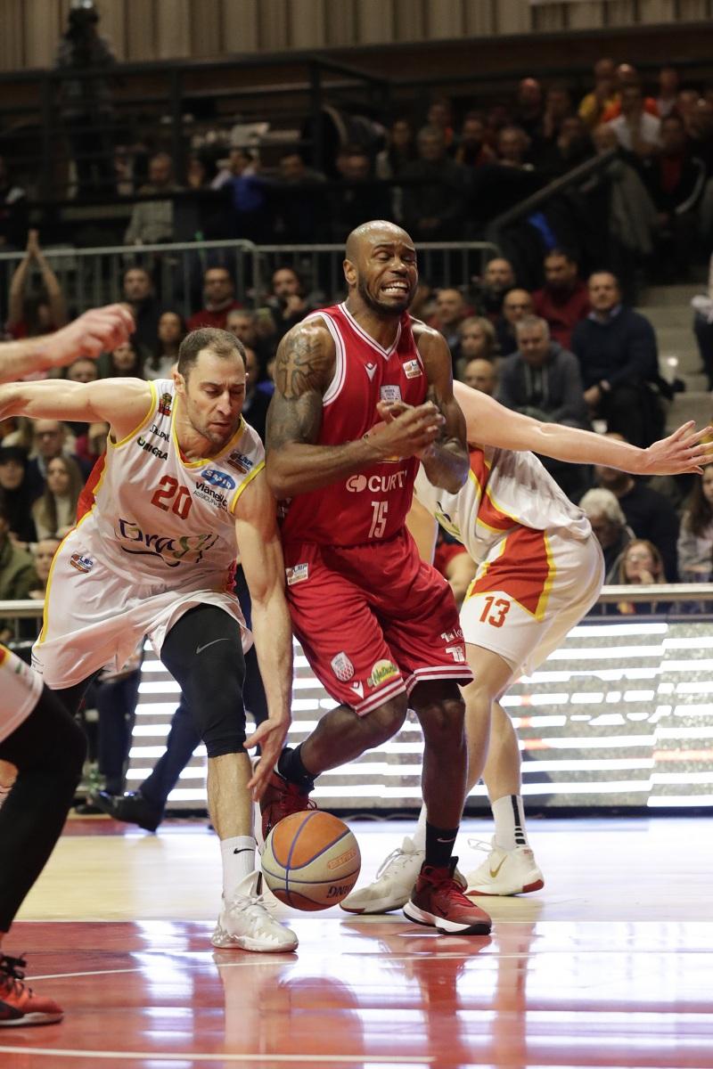 LNP serie A2 dicianovesima giornata.  OraSì Basket Ravenna - La Naturelle Imola.