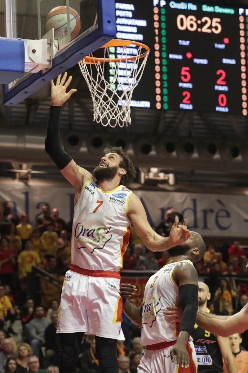 LNP serie A2 ventitreesima giornata.  OraSì Basket Ravenna - Allianz San Severo. Chiumenti
