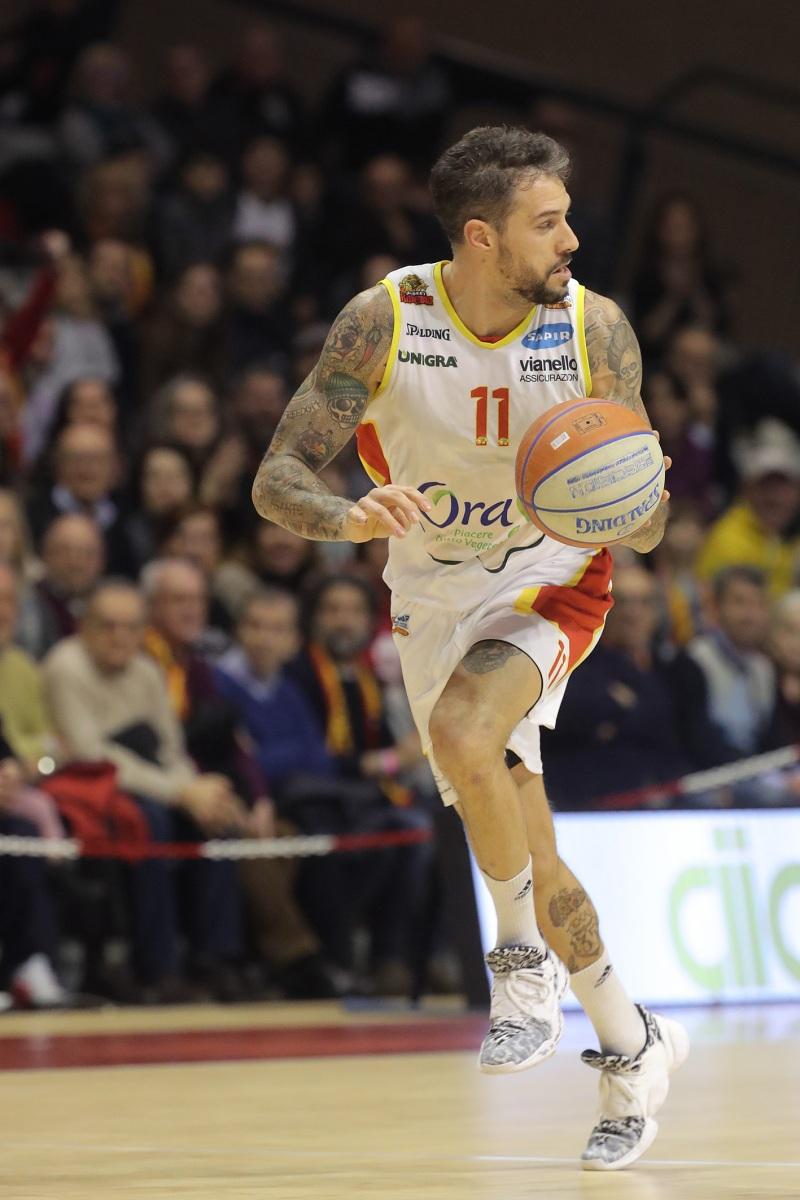 LNP serie A2 ventitreesima giornata.  OraSì Basket Ravenna - Allianz San Severo.
