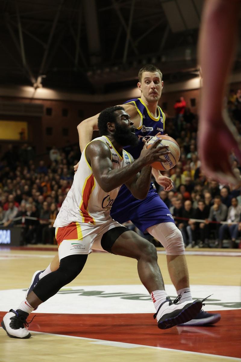 LNP serie A2 sedicesima giornata.  OraSì Basket Ravenna - Tezenis Verona.