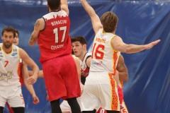 LNP serie A2, Quarta giornata girone azzurro. OraSì Basket Ravenna - Staff Mantova.